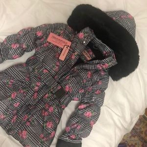 Youth Size 10/12 puffer coat with faux fur trim